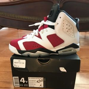 Carmine 6s Jordan's sneakers